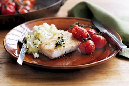 Kingfish and crushed potatoes with goat's cheese