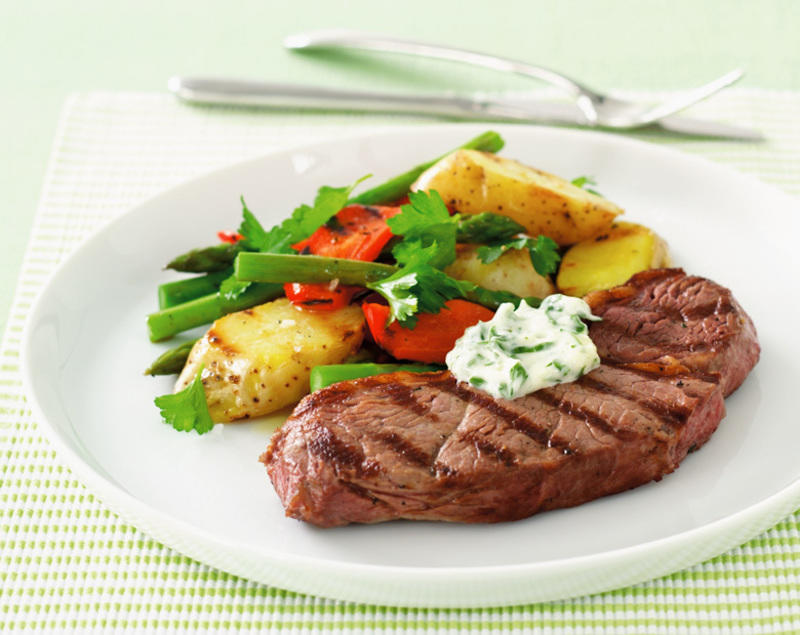 Char-grilled rump steak, potato salad and garlic mayonnaise