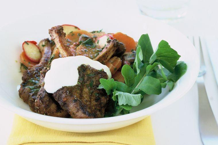 Moroccan lamb with carrot salad (low-carb)